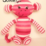 2a-2013-00002-Little-Coco-Sock-Monkey-2013-Odds-and-Soxlets-Copyright-Erica-Martyn