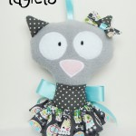 Ola-Dinkie-Dollie-CAT-Taglet-Odds-and-Soxlets-Copyright-Erica-Martyn-LARGE-PREVIEW