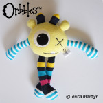Orbbles-DODDLE-Pastel-Yellow-Medium-Alien-Odds-and-Soxlets-Copyright-Erica-Martyn-FULL-LARGE-PREVIEW-TEMPLATE