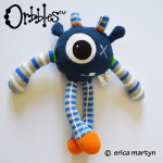 Orbbles-ZIGGY-Dark-Blue-Medium-Alien-Odds-and-Soxlets-Copyright-Erica-Martyn-FULL-LARGE-PREVIEW-TEMPLATE