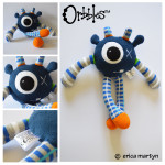 Orbbles-ZIGGY-Dark-Blue-Medium-Alien-Odds-and-Soxlets-Copyright-Erica-Martyn-LARGE-PREVIEW-TEMPLATE