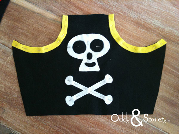 Odds&Soxlets-FREE-Pirate-Hat-Pattern-Step-By-Steps-3