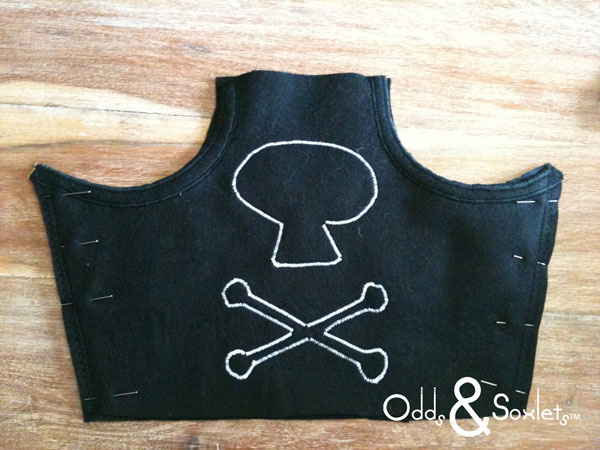 Odds&Soxlets-FREE-Pirate-Hat-Pattern-Step-By-Steps-7