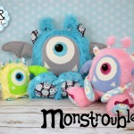 Monstroubles-Batch-05-NEW-MONSTERS-COLLECTION-2016-Odds-and-Soxlets-Copyright-Erica-Martyn-PREVIEW-GROUP-PHOTO