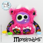 Monstroubles-Batch-16-6b-2015-037-Bright-Pink-Skulls-Odds-and-Soxlets-Copyright-Erica-Martyn-PREVIEW-FULL